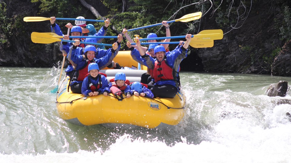 10 Myths About Whitewater Rafting you Should Know